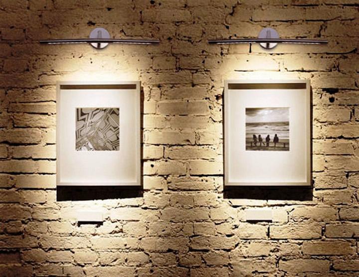 Подсветка для картин фото в интерьере